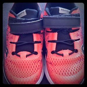 Saucony unisex size 11 sneakers